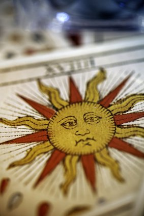 Cartomancie, séance tirage de cartes b9337e8afa6e